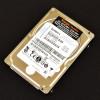 IBM Option: 90Y8877 HD 300GB SAS 6 Gbps HD para Servidores Power Systems 10K RPM MBF2300RC diagonal direita