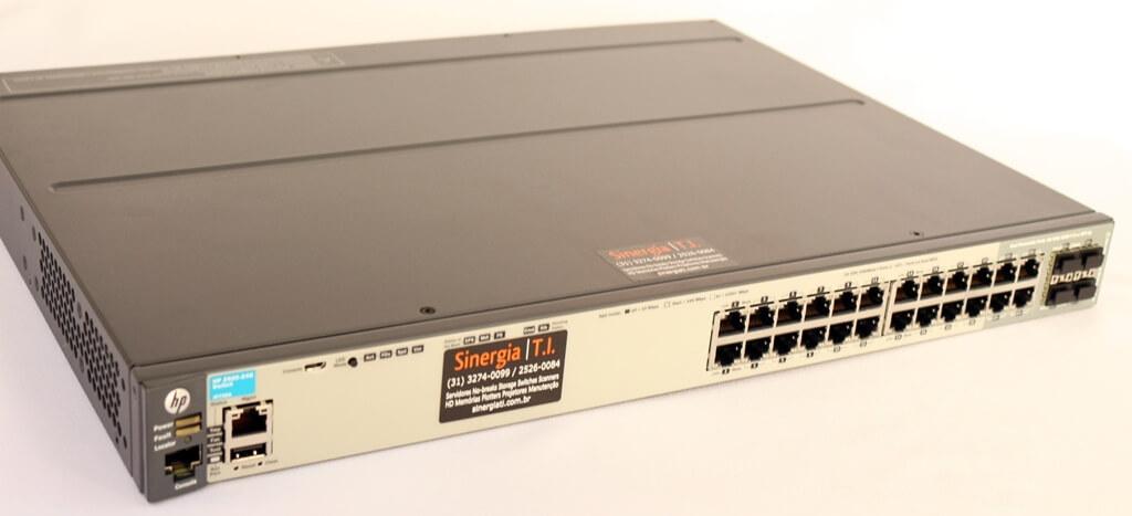 J9726A Switch HPE Aruba 2920 Gerenciável 24 portas 10/100/1000 4 portas de dupla personalidade 24GB pronta entrega