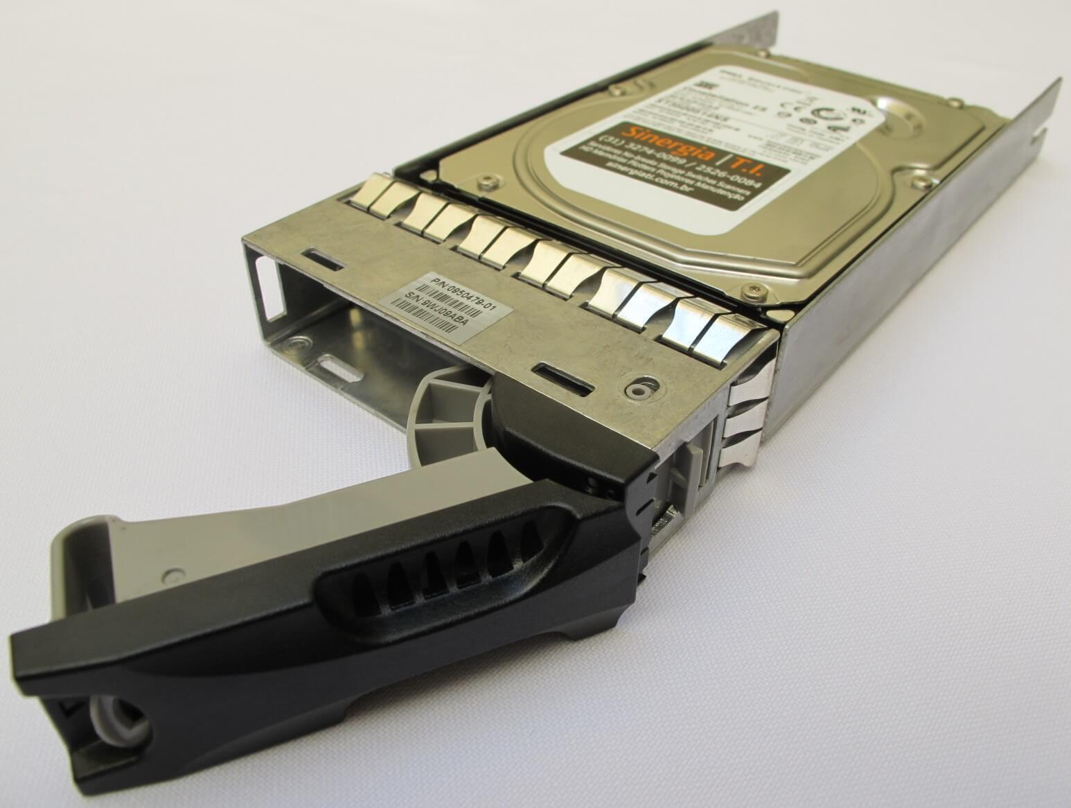 HDD 500GB SATA-2 Dell EqualLogic 7.2K PN: 9JW152-536 e ST3500514NS foto com gaveta aberta